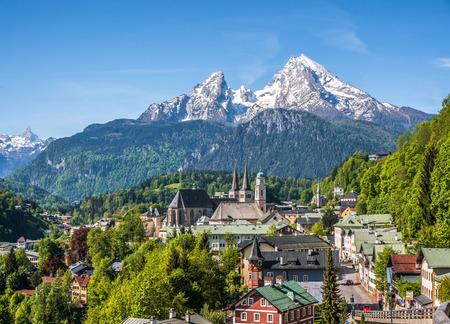 berchtesgaden: Historic town of Berchtesgaden with snowy Watzmann mountain in spring, Berchtesgadener Land, Upper Bavaria, Germany