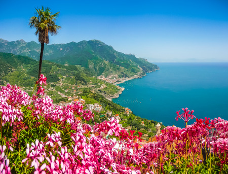 playa vacaciones: Scenic picture-postcard view of famous Amalfi Coast with Gulf of Salerno from Villa Rufolo gardens in Ravello, Campania, Italy Foto de archivo