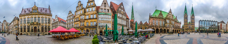 guild hall: Ancient Bremen Market Square in the centre of the Hanseatic City of Bremen with view on The Schuetting former guild house, famous Raths-Buildings, Church of Our Lady Unser Lieben Frauen Kirche, town hall, St. Petri Dom zu Bremen and Haus der Buergerschaft