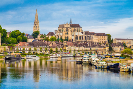 Beautiful view of the historic town of Auxerre with Yonne river, Burgundy, France Imagens