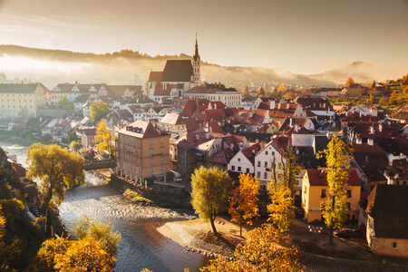 Panoramic view of the historic city of Cesky Krumlov with famous Cesky Krumlov Castle Stok Fotoğraf