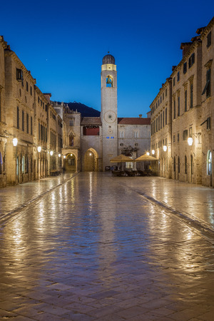 Classic panoramic view of famous Stradun, the main street of the old town of Dubrovnik, in beautiful morning twilight before sunrise at dawn in summer, Dalmatia, Croatia Redakční