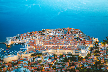 Panoramic aerial view of the historic town of Dubrovnik, one of the most famous tourist destinations in the Mediterranean Sea 免版税图像