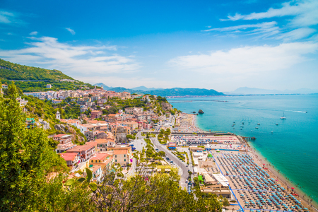 Beautiful view of Vietri sul Mare, the first town on the Amalfi Coast, with the Gulf of Salerno, province of Salerno, Campania, southern Italy 版權商用圖片
