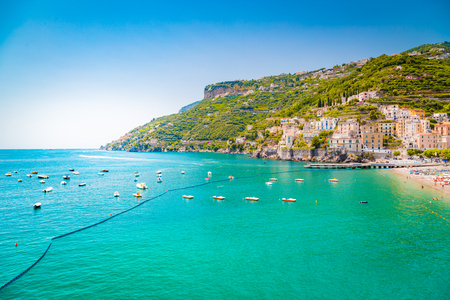 Scenic panoramic view of the beautiful town of Amalfi at famous Amalfi Coast with Gulf of Salerno in summer, Campania, Italy Banque d'images - 119085822
