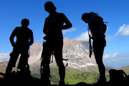 kletterer: Kletterer Silhouetten in den Dolomiten, Italien