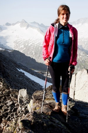 outdoor pursuit: Womanhiker in the mountains