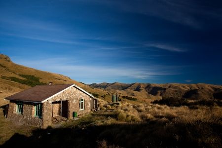 bivouac: Old backcountry hut in New Zealand