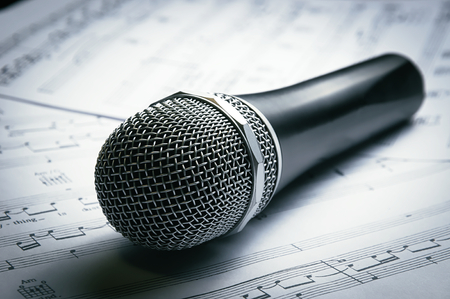 sheet music: Microphone and sheet music