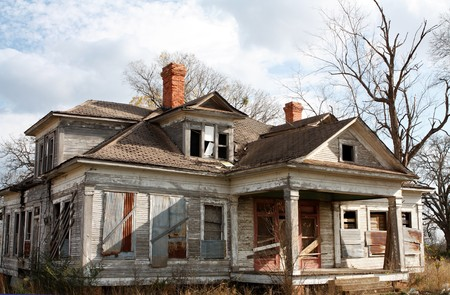 old farm: Old abandoned house needing repairs and could be haunted.