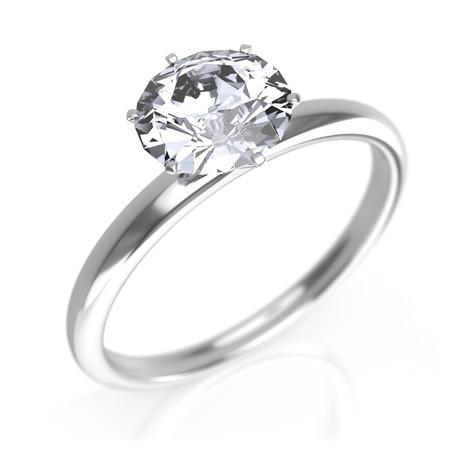 verlobung: Silberring mit Diamant