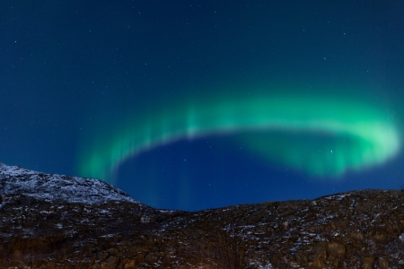 aurora borealis: Aurora Borealis  Northern lights  curling in the sky