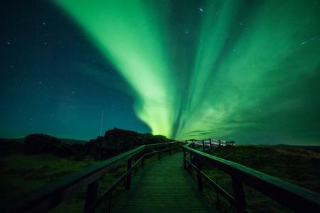 アイスランドのオーロラ (オーロラ) 写真素材