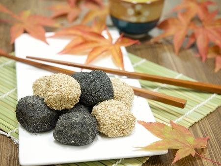 Asian food Black sesame glutinous rice cake Reklamní fotografie