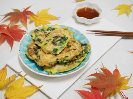Korean food Oyster Pancake, gul jeon