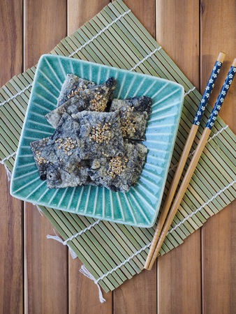 Korean food laver cracker