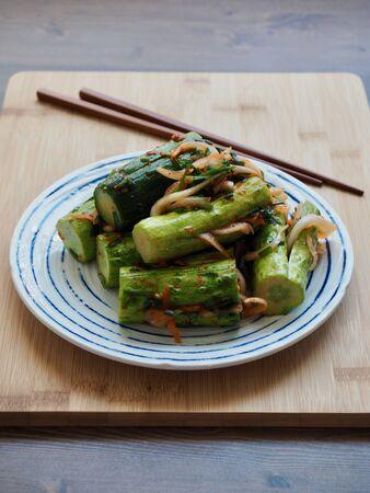 Korean food stuffed cucumber pickles, cucumber kimchi, Oi-so-bagi Imagens