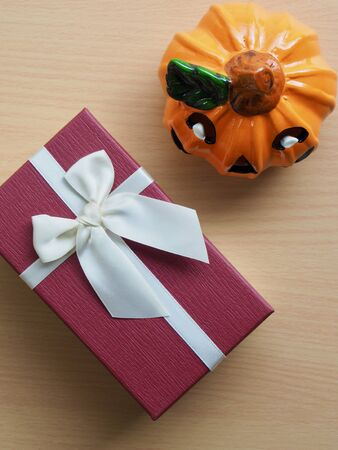 Halloween Pumpkin Doll and Gift Box Imagens
