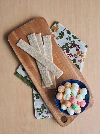 Korean snacks jjondeugi and ppeongtwigi Reklamní fotografie