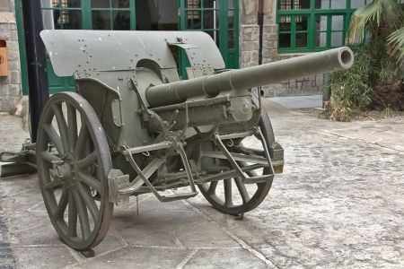 gunner cannon the Spanish Civil War 1935 photo