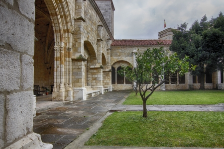 convent: Cathedral and cloister of Our Lady of the Assumption in Santander, Spain