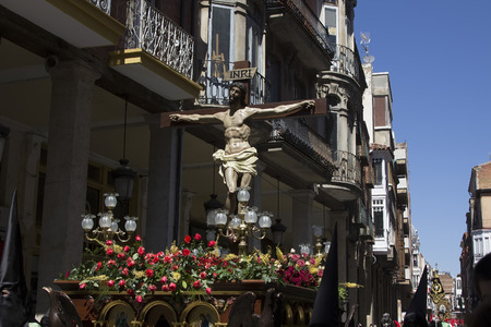 semana: VALLADOLID, SPAIN - APRIL 17: Easter week (Semana Santa), Nazarene processions and bands of music, celebrations of international interest April 17, 2014 in Valladolid Spain Editorial