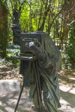 rodin: bronze sculpture of a photograph in a park
