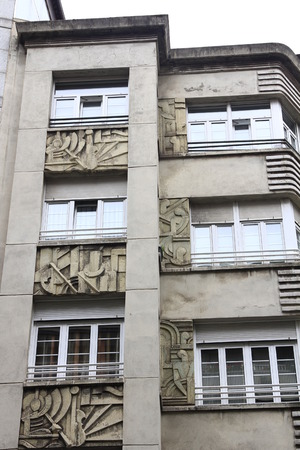 carved stone: Facades of buildings with carved stone