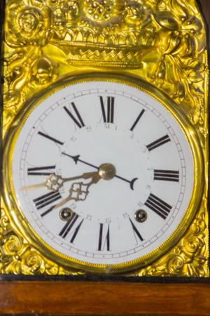 numeros romanos: Cara de reloj con n�meros romanos