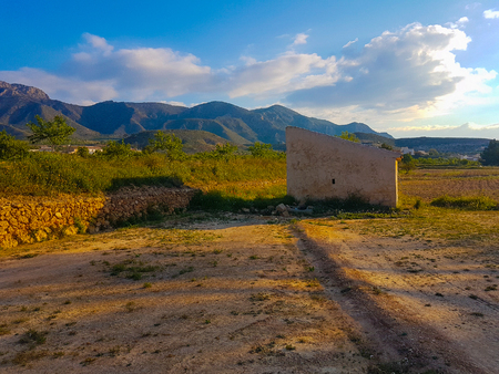 2 way: Farmers house in southern Spain