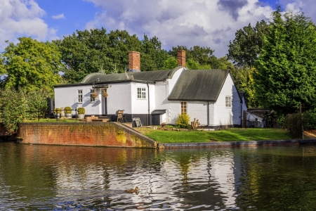 a cottage in an english village Stock Photo - 16292761