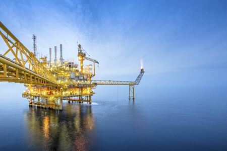 Offshore oil and gas rig platform with beautiful sky in the gulf of Thailand. Reklamní fotografie