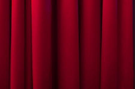 sipario chiuso: Rosso sipario.
