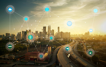 Slimme stad en draadloos communicatienetwerk, abstract beeld visuele, internet van de dingen Stockfoto - 59063919