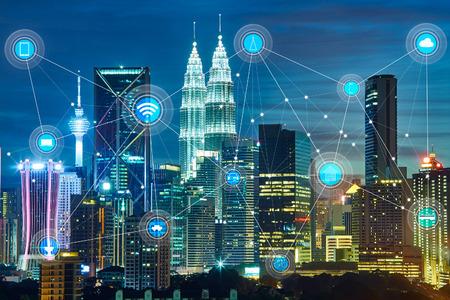 умный город и сеть беспроводной связи, абстрактное изображение визуально, Интернет вещей