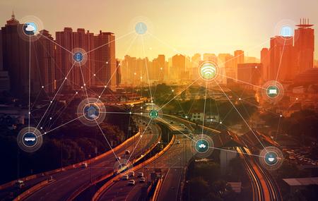 smart city e rete di comunicazione wireless, immagine astratta visiva, internet delle cose
