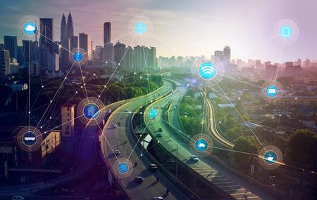 smart city e rete di comunicazione wireless, immagine astratta visiva, internet delle cose Archivio Fotografico