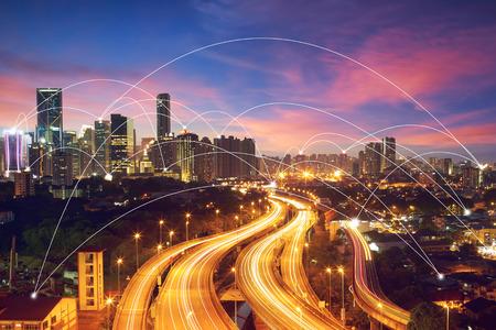 Stadtbild und Konzept Bild-ID-Netzwerkverbindung: 411942079 Standard-Bild