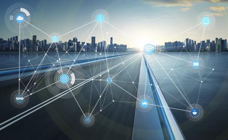 スマートシティと無線通信ネットワークの抽象的なイメージ映像、モ ノのインターネット 写真素材