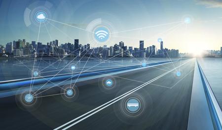 conexiones: ciudad inteligente y la red de comunicación inalámbrica, la imagen visual abstracta, Internet de las cosas Foto de archivo