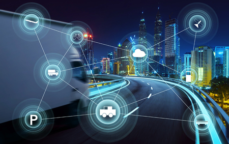 Morden city and smart transportation and intelligent communication network of things ,wireless connection technologies for business . Foto de archivo