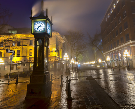 vancouver: Steam clock in Gastown Vancouver