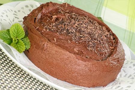 chocolaty: chocolate fudge cake covered with chocolate cream topping