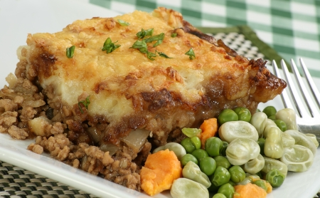 minced pie: home made cottage pie with mixed vegetables