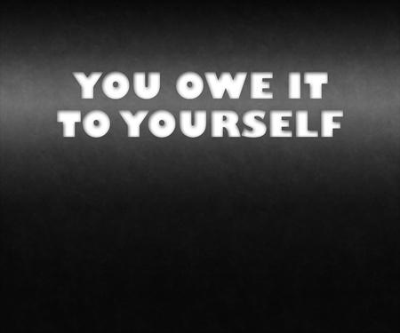 """zelf doen: 3D-tekst concept voor de melding """"U bent het aan jezelf ', mogelijk voor een zakelijke of persoonlijke strategie."""