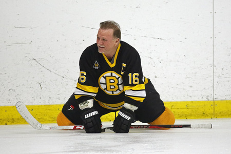 middleton: Former NHL star Rick Middleton stretches before a Boston Bruins alumni hockey game March 20, 2014 in Sussex, Canada. Editorial