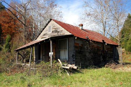 ungeliebt: Ein verlassenes Haus.
