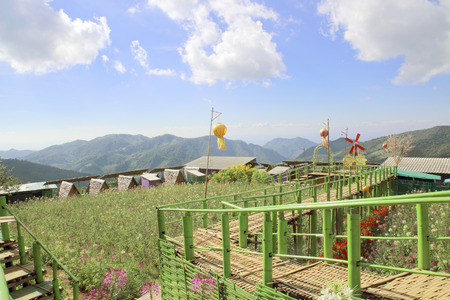 Natural attractions and accommodation in Mae Hong Son province in Thailand .