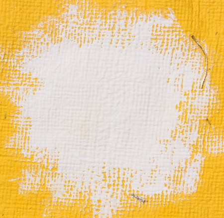 Close-up van karton met penseel lijnen