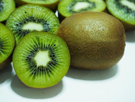 Green kiwi fruit. 版權商用圖片